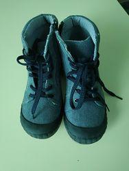 Текстильные ботинки фирмы Alive, размер 32