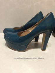 Шикарные Абсолютно новые туфли Tamaris
