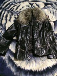 Натуральная кожаная куртка с воротником из меха чернобурки