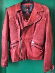 Абсолютно новая кожаная куртка Gil Santucci