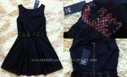 Новое платье с кружевным поясом. Размер S