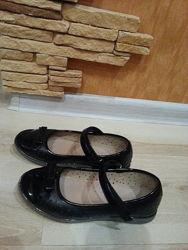 Продам туфли для школы
