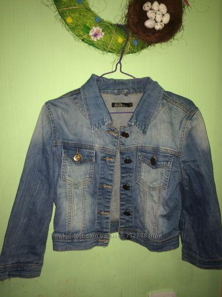 Джинсовый укороченый пиджачек Kira Plastinina
