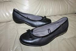 Кожаные туфли лодочки FOOTGLOVE UK 7, на 40 р, стелька 26, 5 см