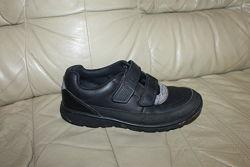 Кожаные туфли на липучках CLARKS Вьетнам UK 13.5 EUR 32.5 стелька 21.5 см