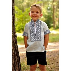 Детская вышитая рубашка с коротким рукавом