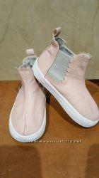 Пудровые ботиночки Н&М 24р