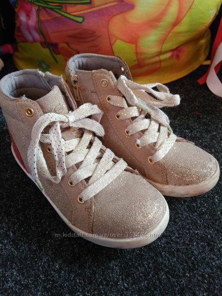 Демисезонные высокие кеды спортивные ботиночки 31