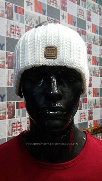 Белые зимние шапки