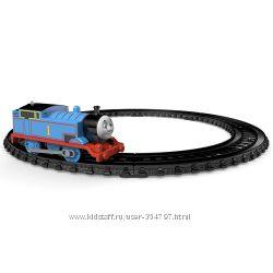 Железная дорога паровозик Томас в наличии