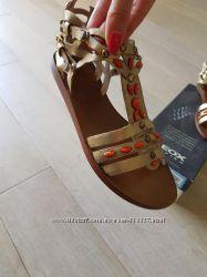 Роскошные сандалии босоножки Geox, кожа, оригинал