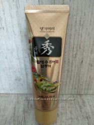 Бессульфатный шампунь Daeng Gi Meo Ri Dlae Soo Pure Anti Hair Loss Shampoo