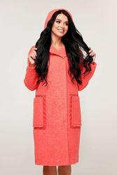 Весеннее женское пальто, полупальто с капюшоном отличного качества.