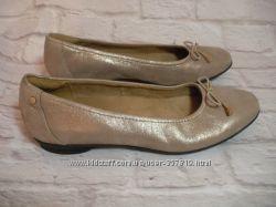 Новые кожаные балетки Clarks Англия, размер 38