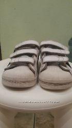 Кроссовки Adidas для мальчика р 30