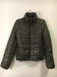 Стильная качественная куртка H&M. S-M