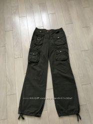 Три пары фирменных брюк H&M  Jenifer Terranova