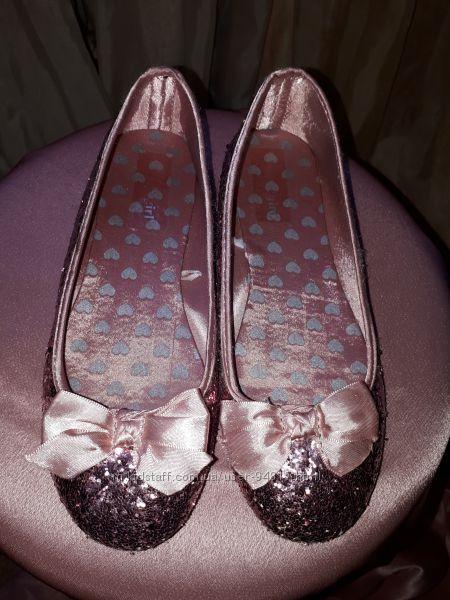 Нарядные туфельки балетки