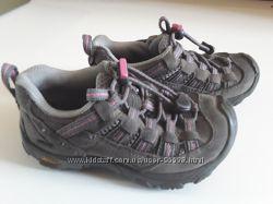 Keen Alamosa классные кожаные кроссовочки, US 10, EU 28, 17 см