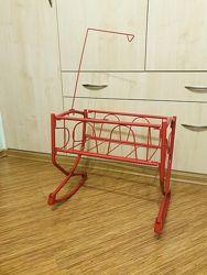 Железная кроватка для куклы