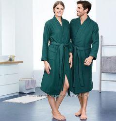 Красивый махровый халат Германия