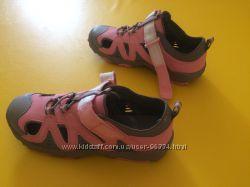 Новые летние кроссовки для девочки Lands End 36 р.