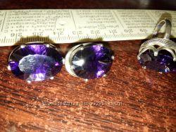 Серебряный комплект фиолетовый камень грань