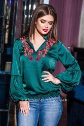 Шикарна блузка, стильна, якісна і дуже приємна 50-52, класна