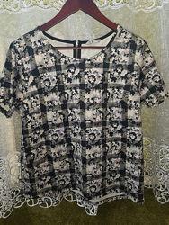 Класна нарядна блузка, плотна 16р. , хл-ххл