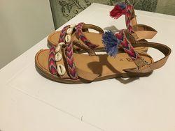 босоножки/сандали/ трендовые Zara оригинал р.33