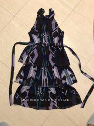 Платье с валанами