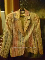 Стильный нарядный пиджак