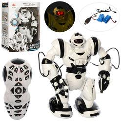 Робот Calvin 28091 на пульте, 36см, 67 функций Аккумулятор