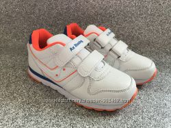 Стильные белые кроссовки для мальчиков Польша