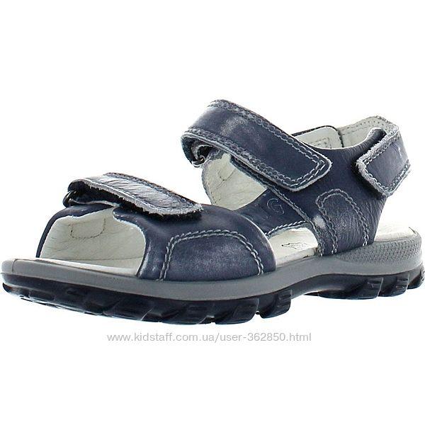 Новые кожаные сандалии Primigi. р.27. Оригинал
