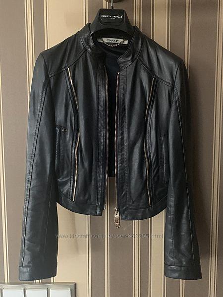 Шикарная кожаная куртка Gianni