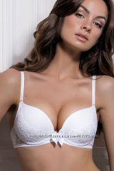 В наличии базовая линия Jasmine lingerie, самые хитовые модели