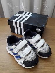 Легкие кроссовки adidas 22р.