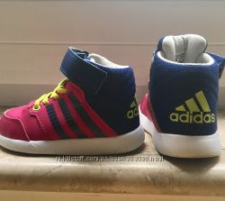 Очень крутые кроссы adidas