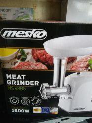 Польская Электрическая мясорубка  Mesko MS 4805
