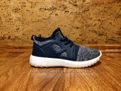 Модные кроссовки Rebel