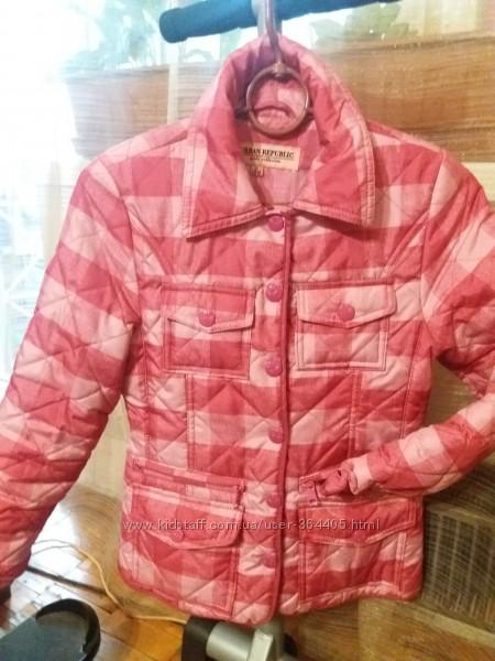 Курточка демисезонная идеальна для школы.