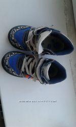 Высокие кроссовки chicco 26р