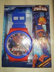 Большие фирменные настенные часы Marvel Человек - паук длина ремешка 92 см