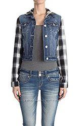 Джинсовая фирменная куртка с капюшоном WALLFLOWER. Размер M, L. США.
