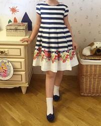 Продам платье детское Mayoral