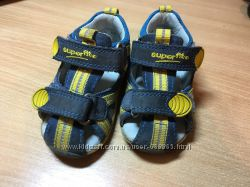 Отличные сандалики унисекс