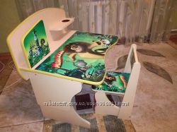 продам стол-парту  Мадагаскар