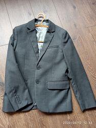 Пиджак школьный Н&М
