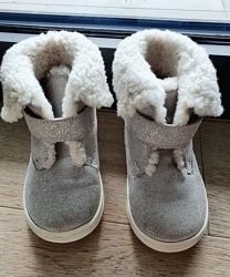 Серебрянные ботиночки  POLO RALPH LAUREN